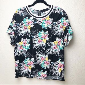 Black and white floral rayon top size medium EUC
